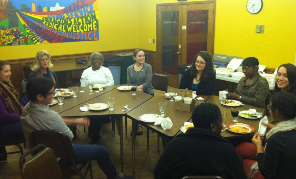 Professor Sarah Stiles and her Sociology CBL students meet with the Community Craft Collective